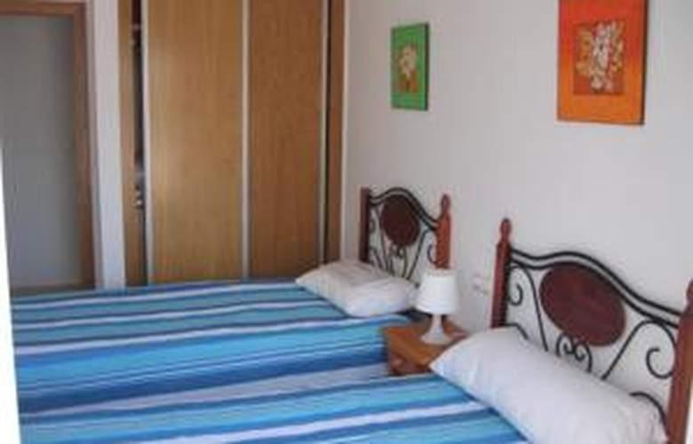 Pueblo Dorado Apartamentos - Hotel - 0