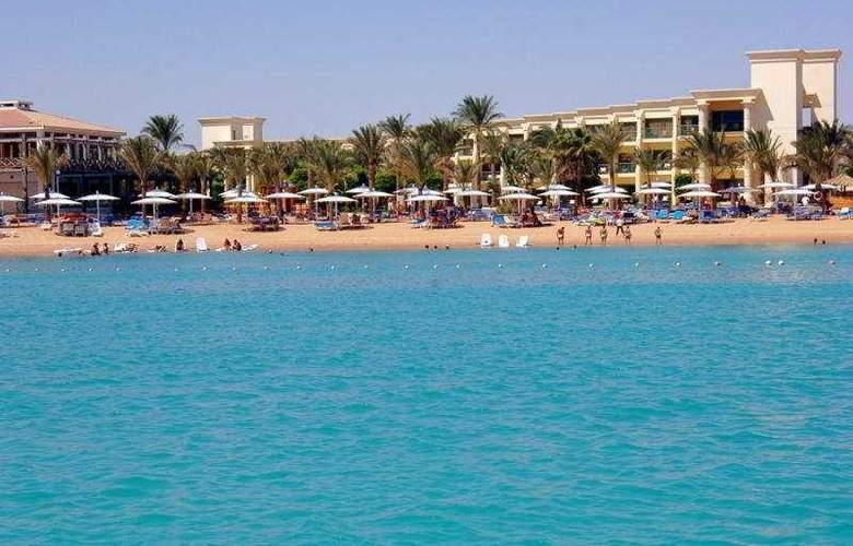 Hilton Hurghada Resort - Beach - 3
