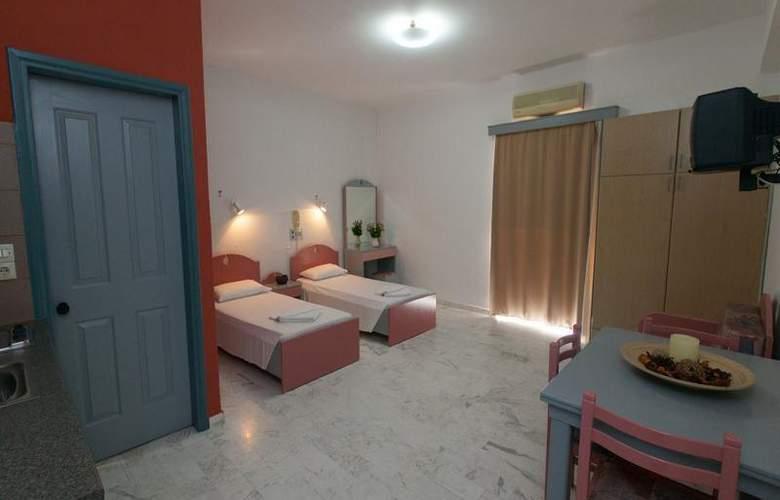 Top Hotel - Room - 2
