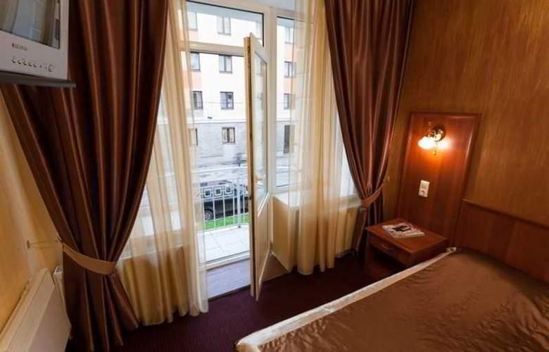 Alexander Platz - Room - 8