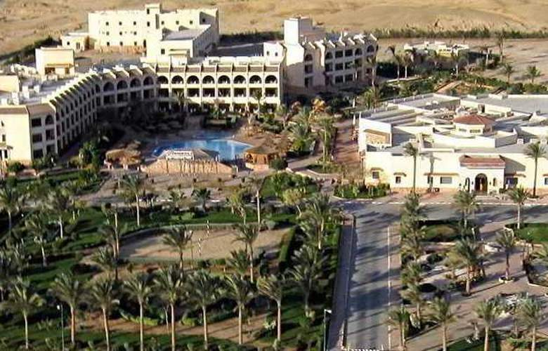 Flamenco Beach Resort - Hotel - 3