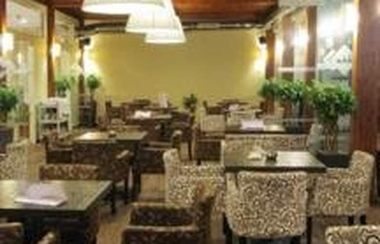Lydia - Restaurant - 9