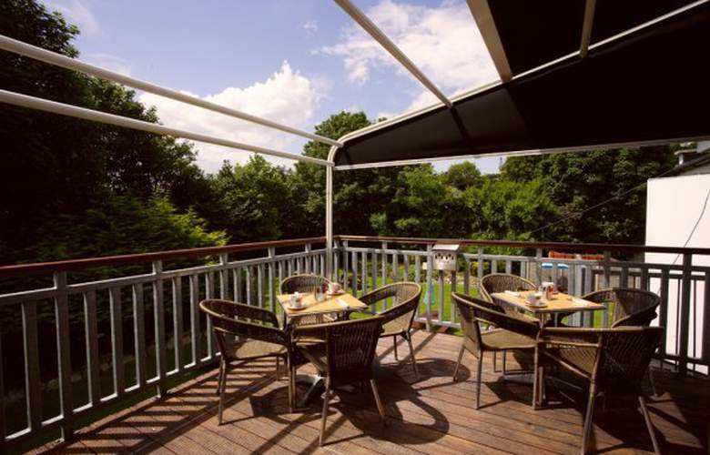 Sandymount Hotel Dublin - Terrace - 8