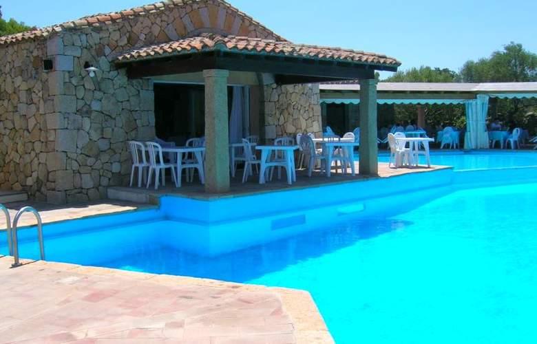 Residence Stella di Gallura - Pool - 12