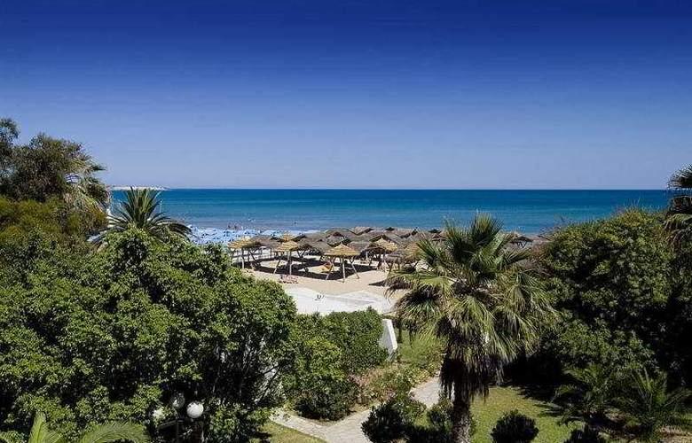 Sol Azur Beach - Beach - 4