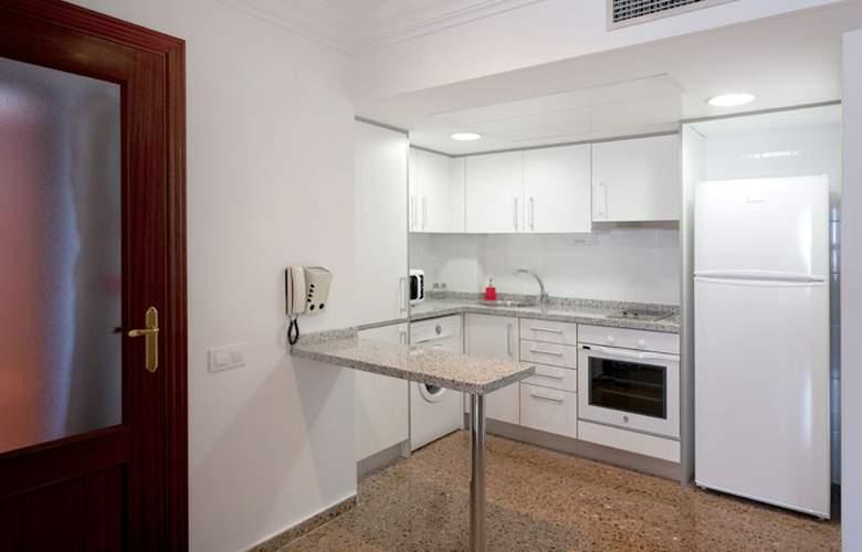 Pío XII Apartments Valencia - Room - 8