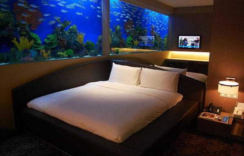 H2O - Room - 3