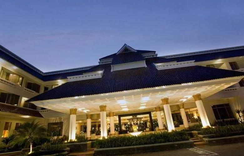 Santika Premiere Yogyakarta - Hotel - 0