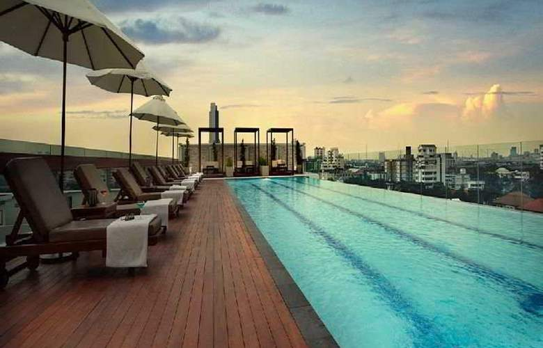 AMARI RESIDENCES BANGKOK - Pool - 2