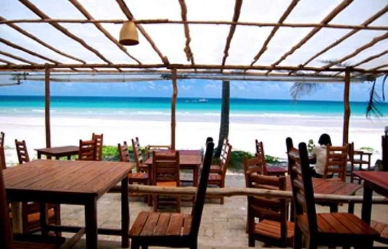 Chumphon Cabana Resort & Diving Centre - Restaurant - 10
