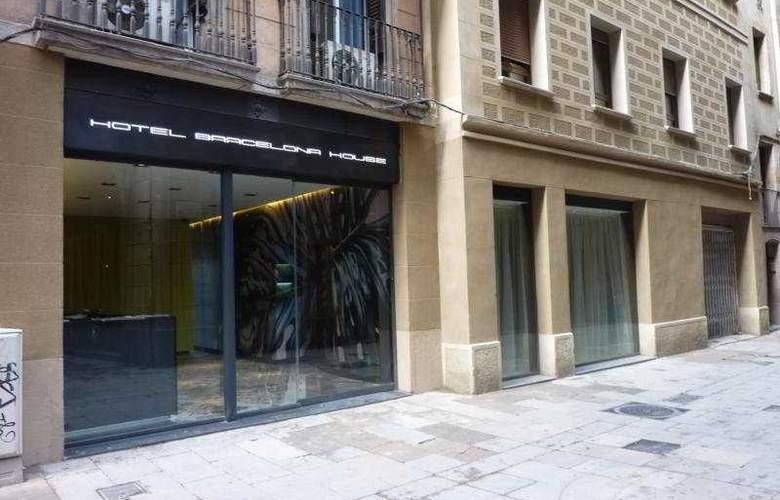 Barcelona House - Hotel - 0