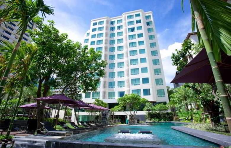 Ramada Hotel & Suites - General - 1