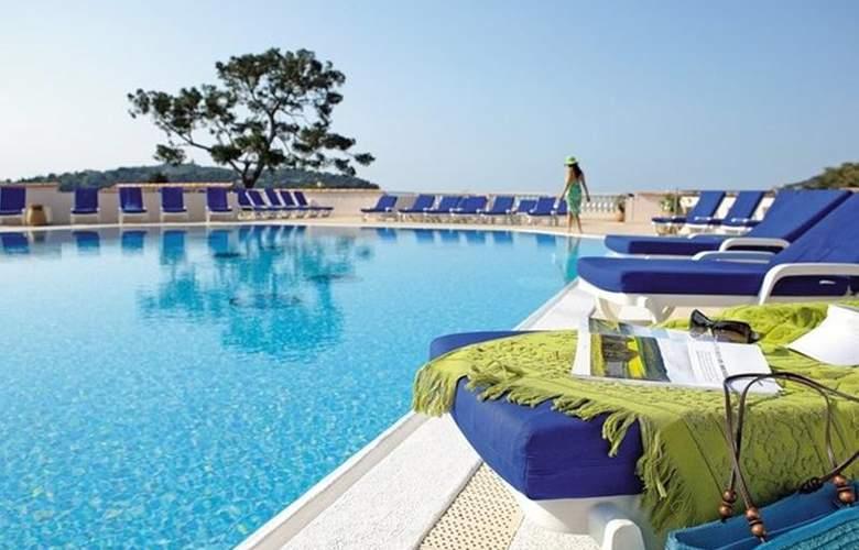 Residence l'Ange Gardien - Pool - 11