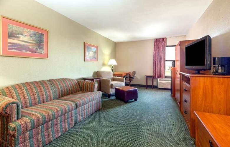 Baymont by Wyndham Amarillo East - Room - 9