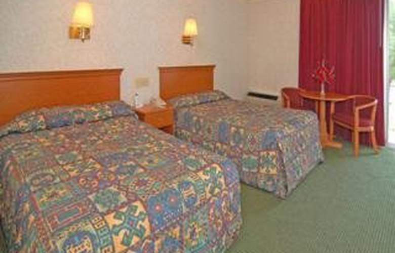 Econo Lodge Williamsburg - Room - 3