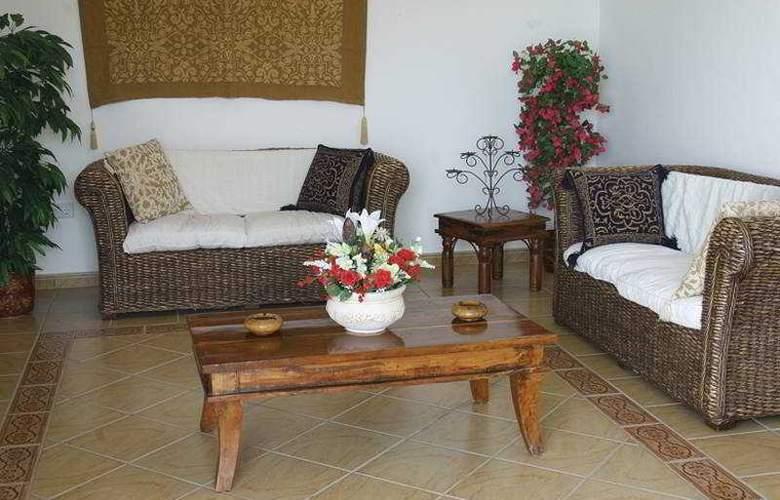 Villas del Mar - Hotel - 0