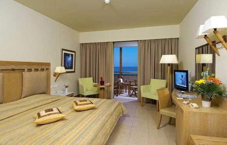 Santa Marina Plaza - Room - 2