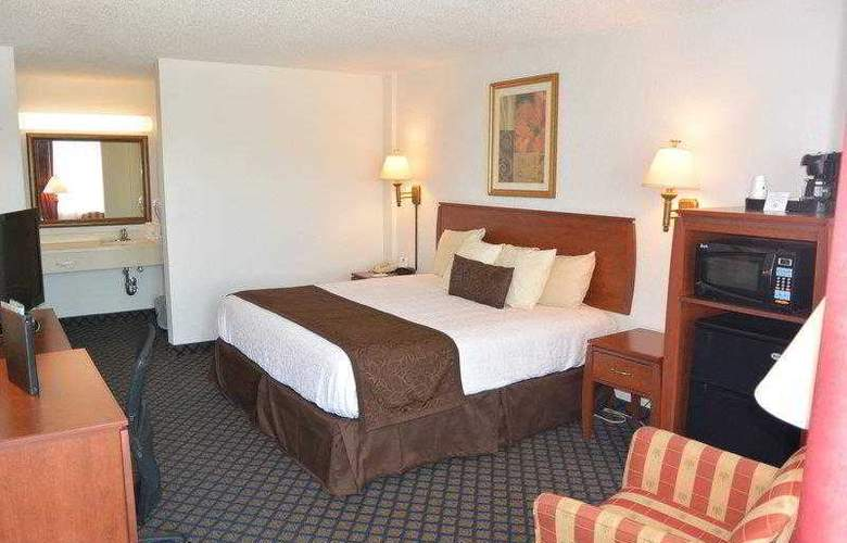 Best Western Plus On The Bay Inn & Marina - Hotel - 4