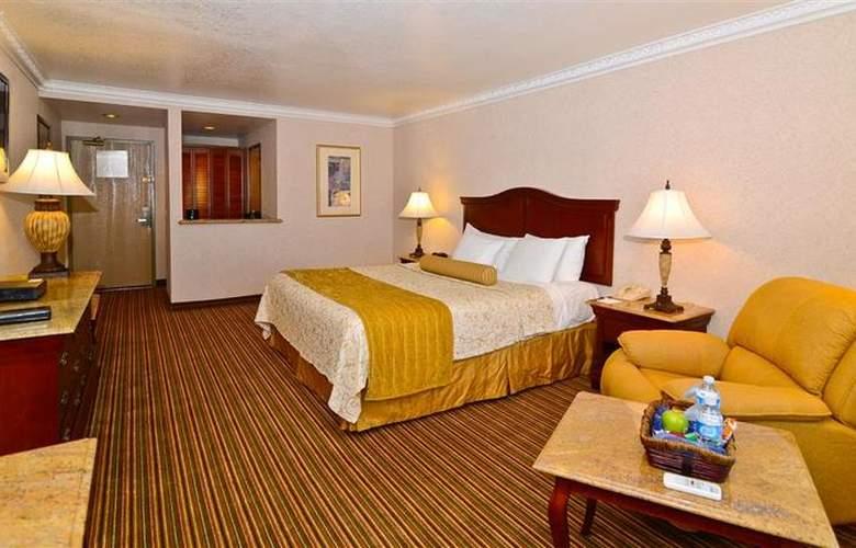 Best Western Newport Mesa Hotel - Room - 2