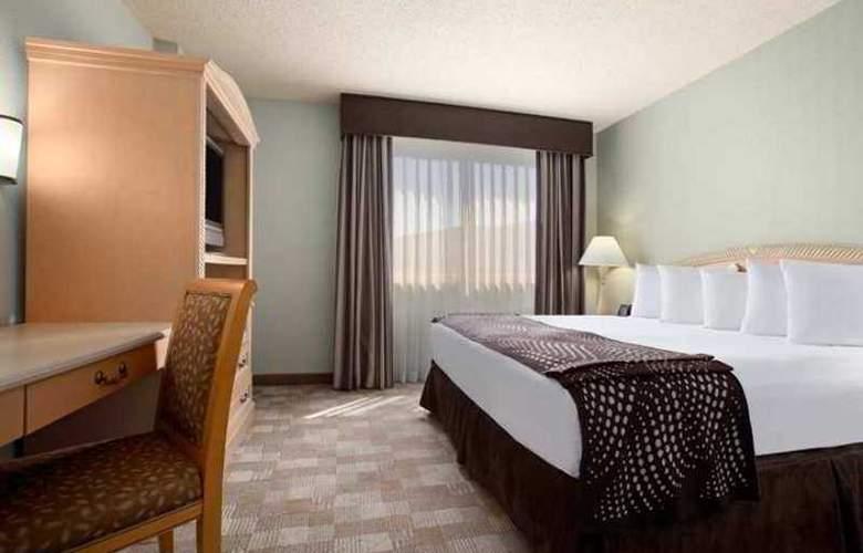 Embassy Suites San Rafael Marin County - Hotel - 6