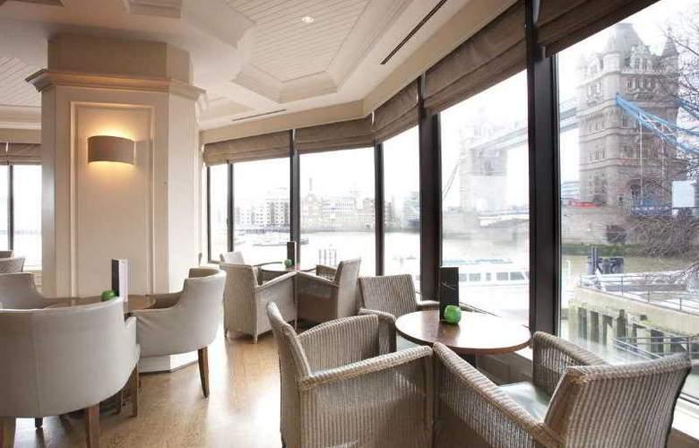 The Tower - A Guoman Hotel - Bar - 6