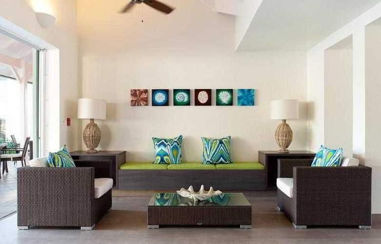 Comfort Inn & Suites Market Center - General - 3