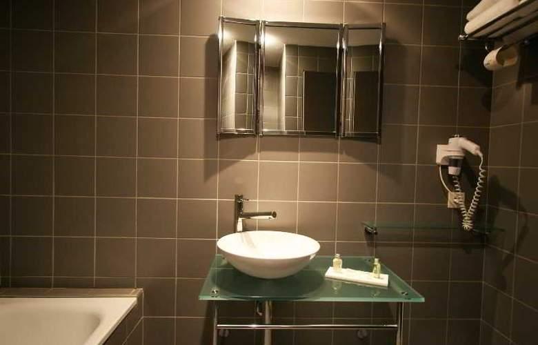 Quality Le Cervolan - Room - 8