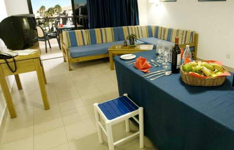 Blue Sea Costa Teguise Gardens - Room - 5