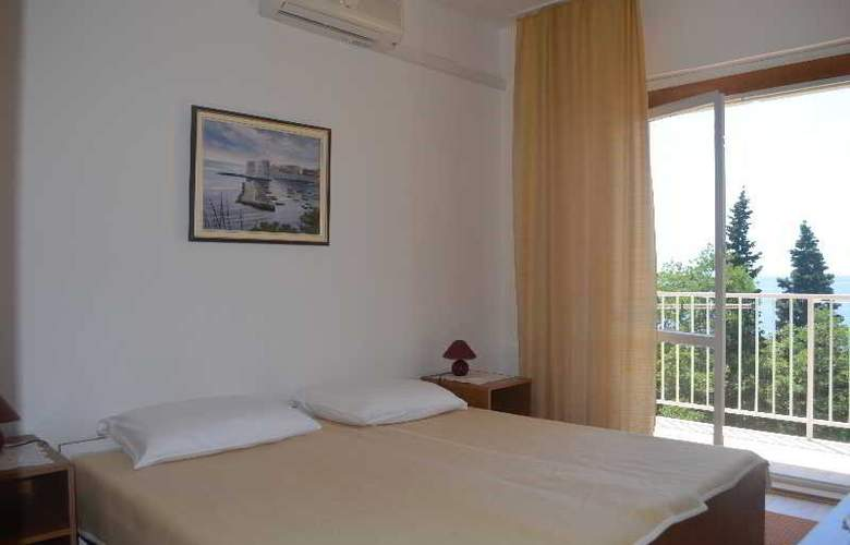 Apartments Martiva - Room - 10