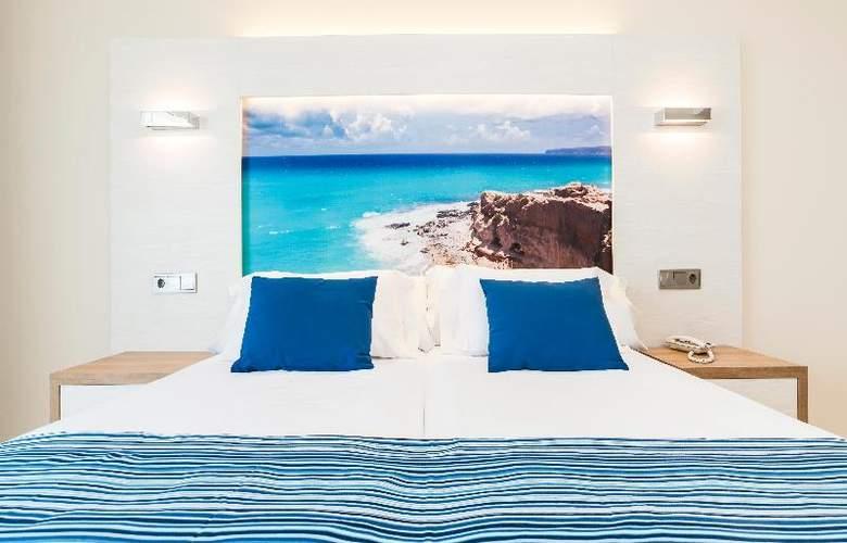 Globales Playa Estepona - Room - 26