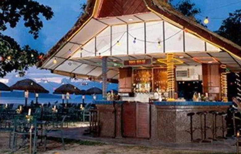 Holiday Villa Beach Resort & Spa Langkawi - Bar - 2