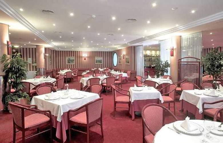 Hcc Saint Moritz - Restaurant - 9