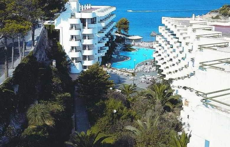 Fergus Style Cala Blanca Suites - Hotel - 2