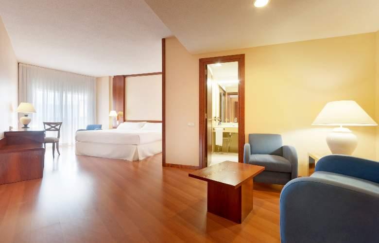 Tryp Guadalajara - Room - 15