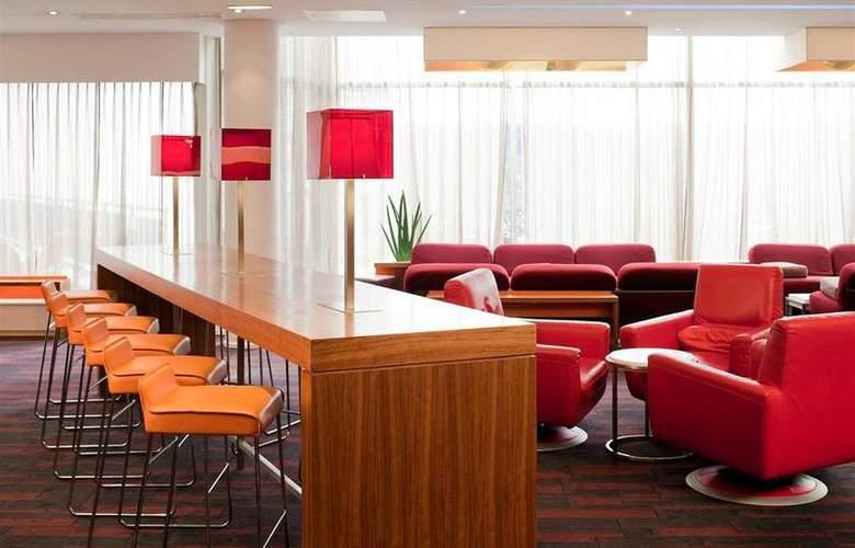 Novotel Sheffield Centre - Bar - 67