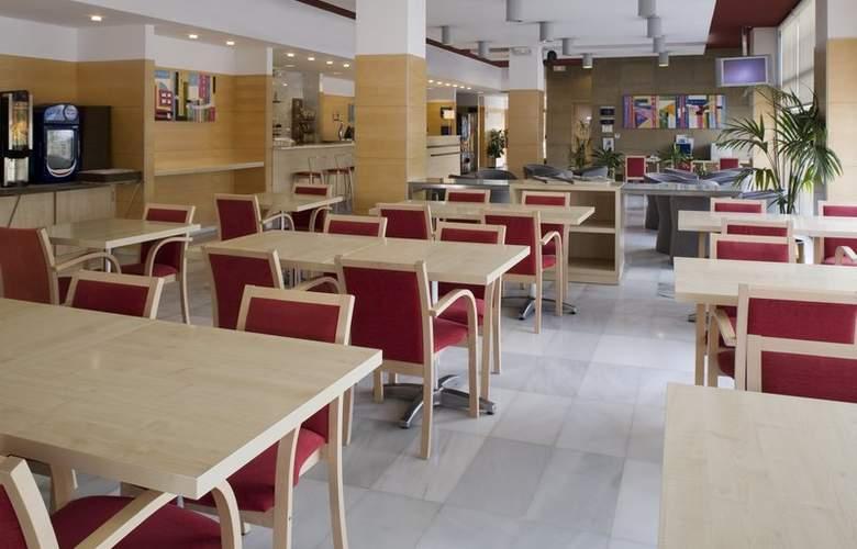 Holiday Inn Express Valencia Bonaire - Restaurant - 3