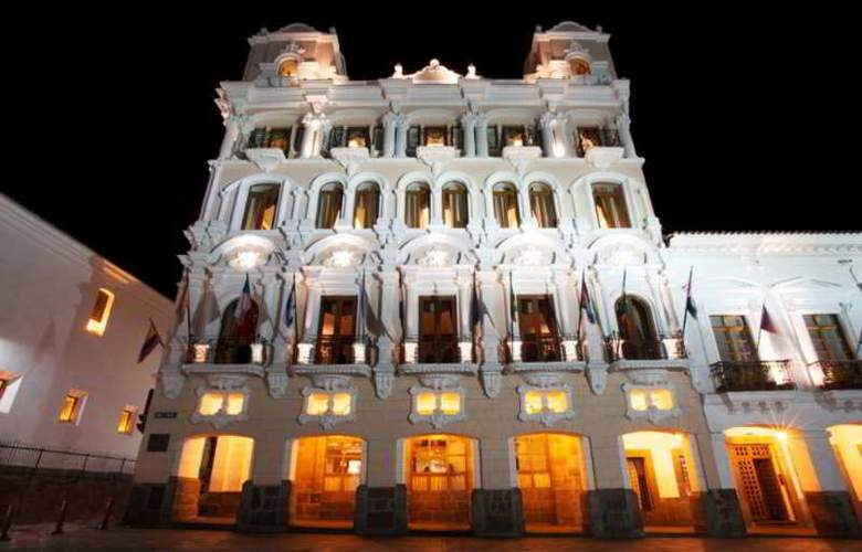 Plaza Grande - Hotel - 0