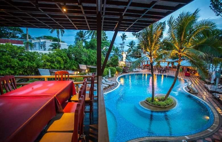 Natural Park Resort - Pool - 20