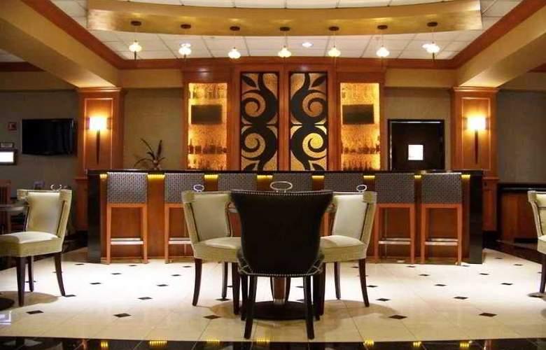 Hilton Garden Inn Las Colinas - Bar - 0