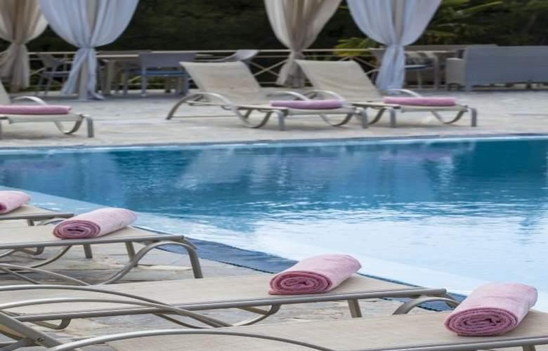 Princess Hotel - Pool - 10