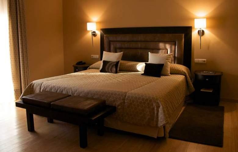 Hospes Palacio de Arenales - Room - 12