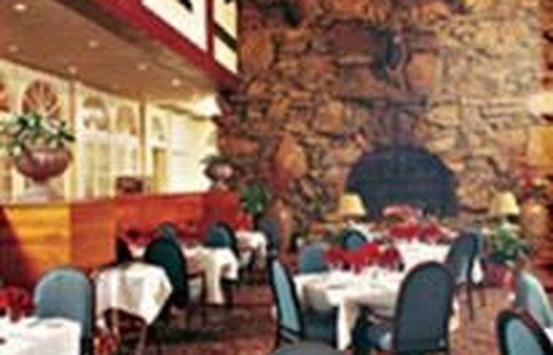 Crowne Plaza Resort of Asheville - Restaurant - 2