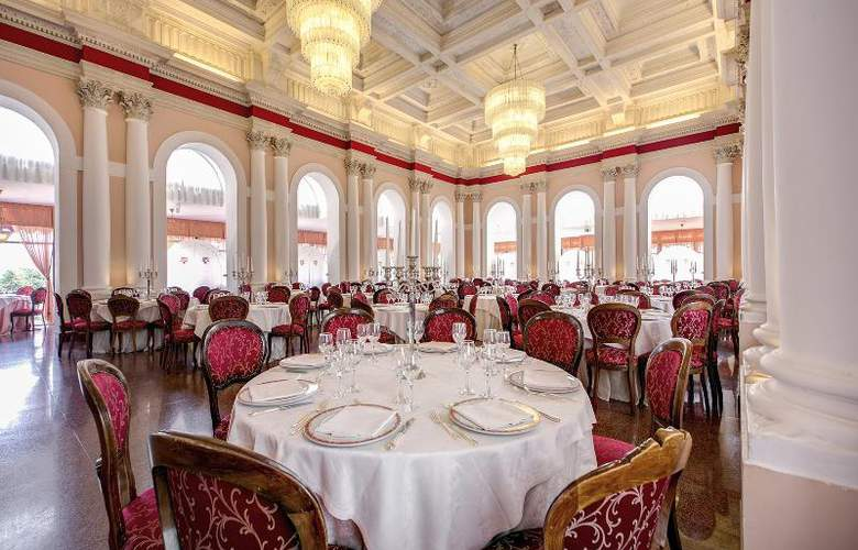 Grand Hotel Villa Politi - Restaurant - 13