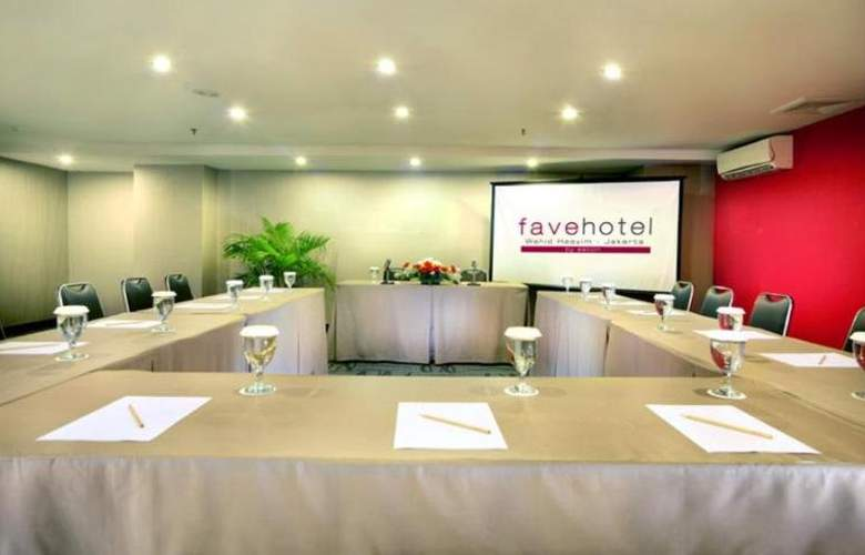 Favehotel Wahid Hasyim Jakarta - Conference - 11