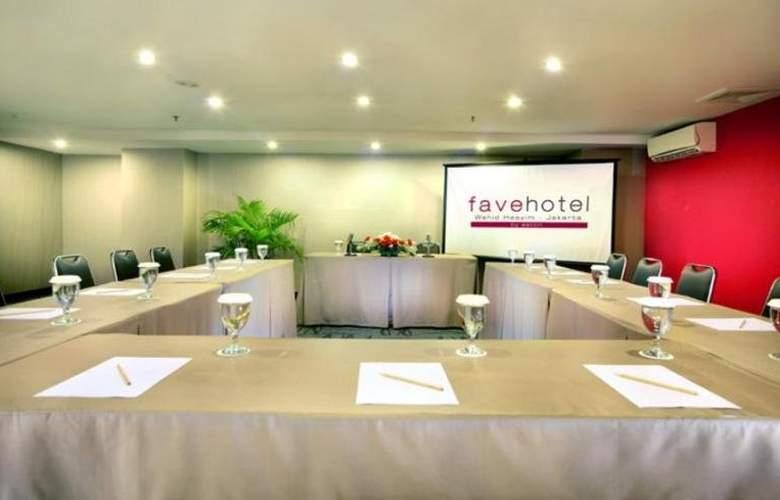 Favehotel Wahid Hasyim Jakarta - Conference - 11