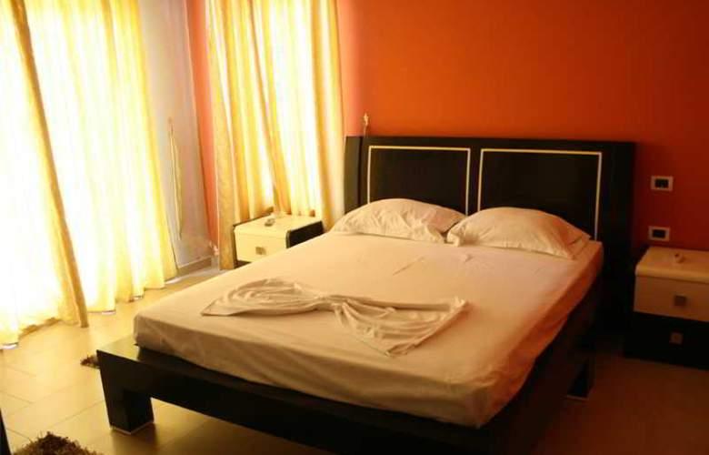Kristal Hotel - Room - 2