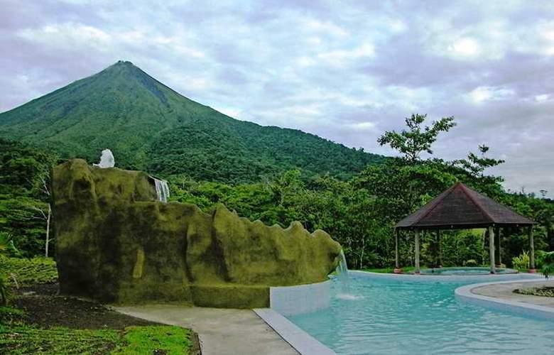 Lomas del Volcan - Pool - 8