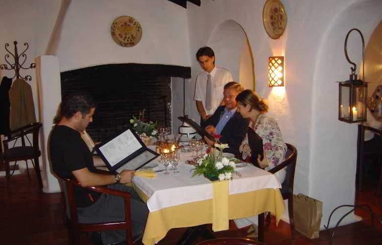 Pedras del Rei - Restaurant - 21