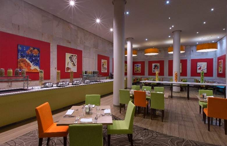 Four Points By Sheraton Perth - Restaurant - 4
