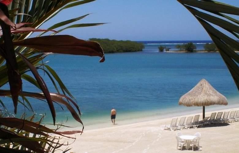 Turquoise Bay Resort - Beach - 2